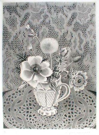 Etching And Aquatint Hasegawa - Anémonés et fleurs de champs dans un verre a facettes / Bouquet sur fond de dentelle