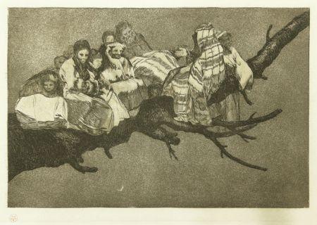 Engraving Goya - Andarse Po Las Ramas; Disparate Ridiculo, (plate 3 from Los Proverbios)