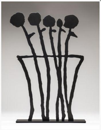 No Technical Baechler - Black Flowers Sculpture