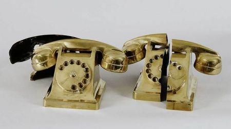 Lithograph Arman - Deux Téléphones