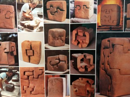 Illustrated Book Chillida - DLM 242