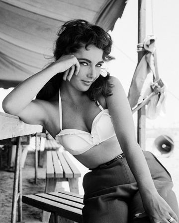 Photography Worth - Elizabeth Taylor