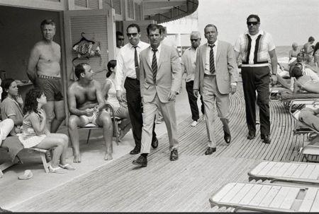 Photography O'neil - Frank Sinatra On the Board walk