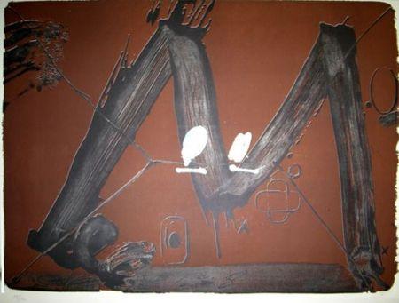 Lithograph Tàpies - GRAND M AVEC TACHES