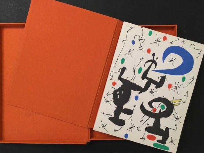 Illustrated Book Miró - Les essències de la terra