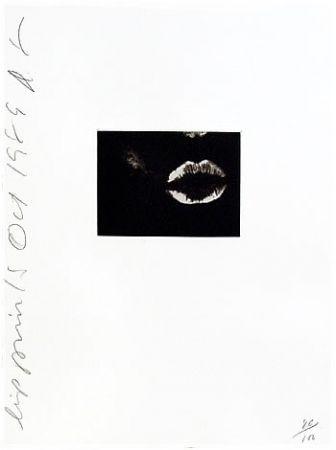 Aquatint Sultan - Lip Print