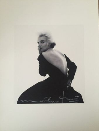 Photography Stern - Marilyn in Famous Black Dress (1962)