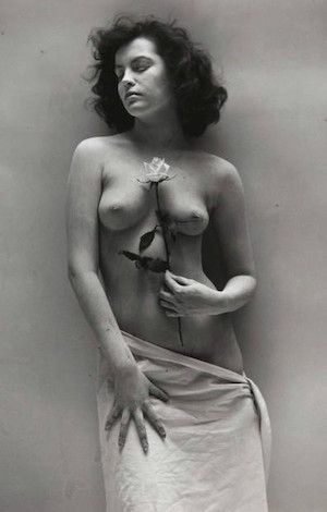 Photography De Dienes  - Nude with Rose