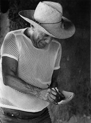 Photography Clergue - PICASSO CHEZ MADOURA