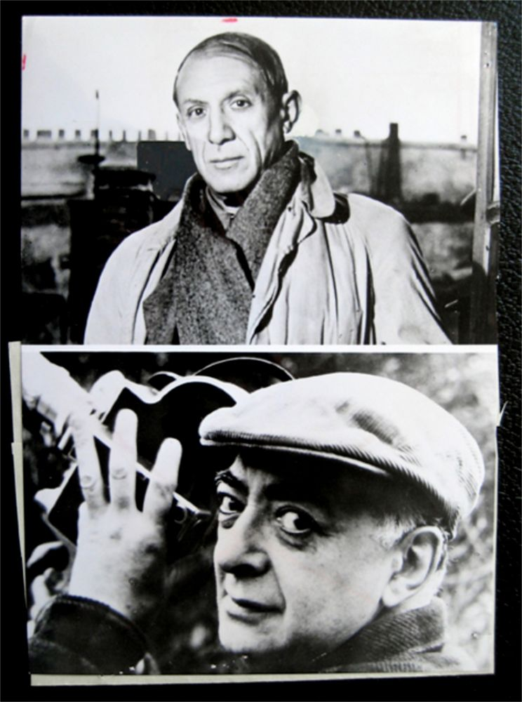 Photography Picasso - Picasso facing / Brassai holding his camera