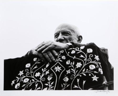 Photography Clergue - Picasso Preside la Corrida - Frejus, 1962