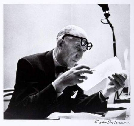 Photography Le Corbusier - Portrait par Robert Doisneau