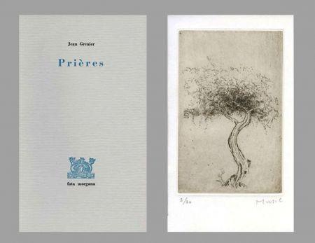 Illustrated Book Music - Prières