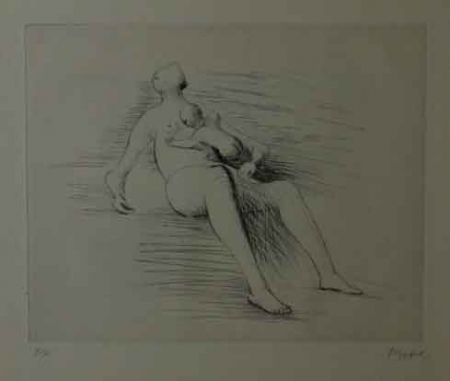 Engraving Moore - RECLING MOTHER AND CHILD II