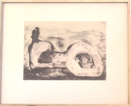 Lithograph Moore - Reclining Figure