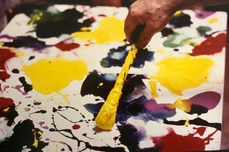 Photography Blum - Sam Francis painting (close up)