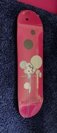No Technical Dalek - Skateboard Space Monkey (Fushia)