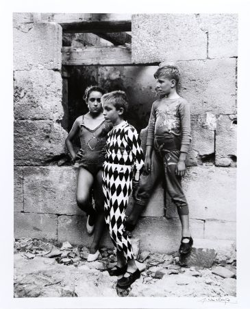 Photography Clergue - Trio de Saltimbanques, Arles