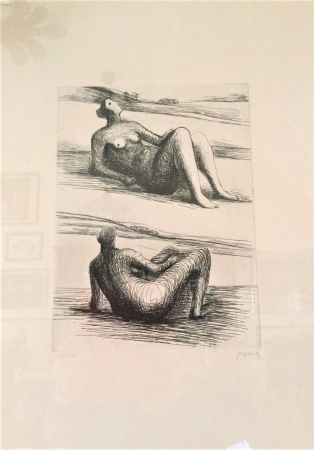 Engraving Moore - Two reclining figures