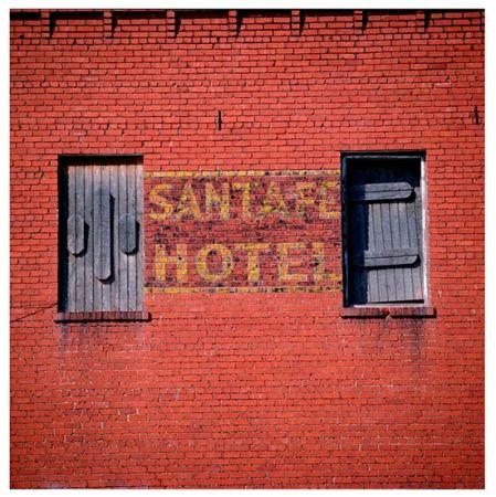 Photography Cottingham - Untitled VII (Santa Fe Hotel)