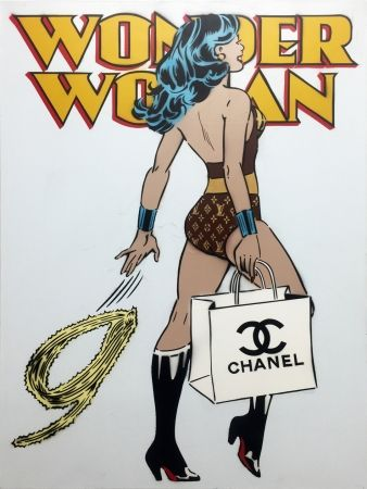 No Technical Simmons - Wonder Woman (Chanel)